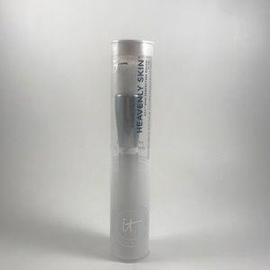 iT Cosmetics Heavenly Skin Perfecting Brush, NWT